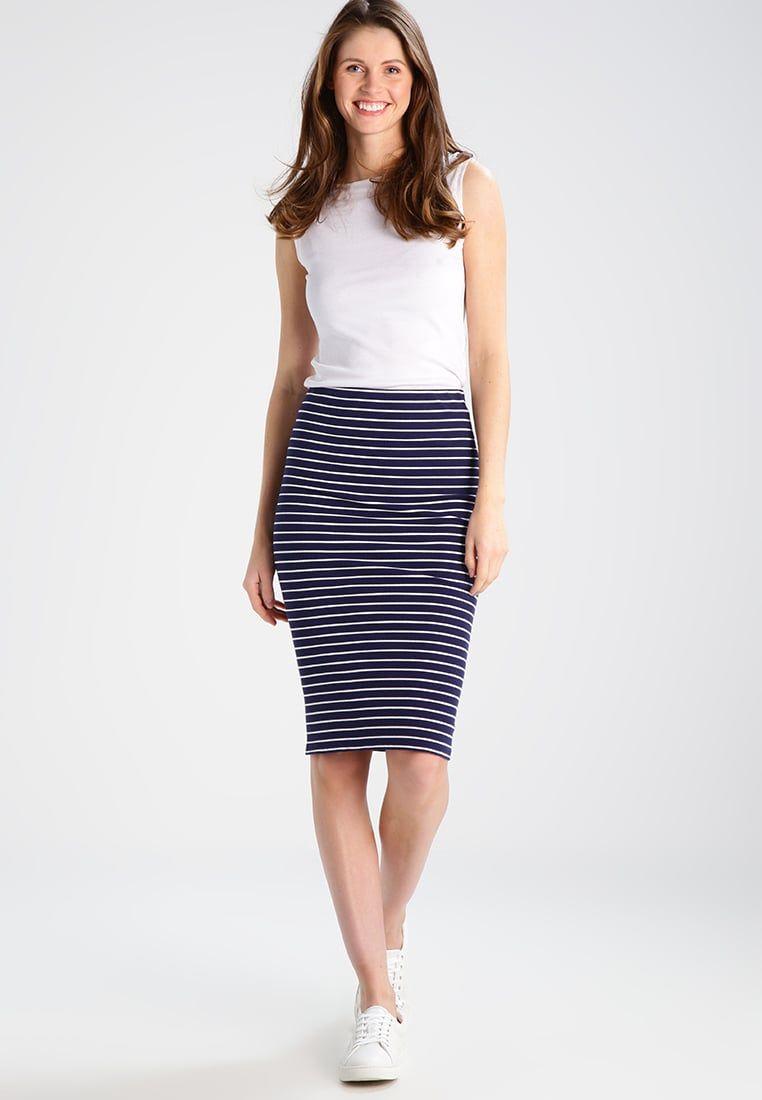 Consigue este tipo de falda de tubo de Polo Ralph Lauren ahora! Haz ...