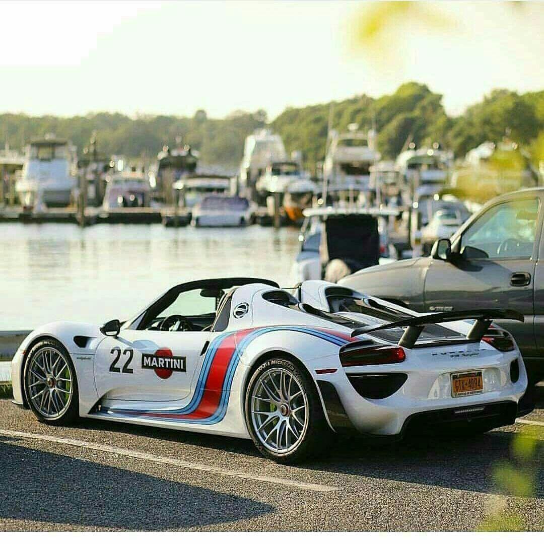 Porsche Car Show: Awesome Martini Porsche 918 Spyder