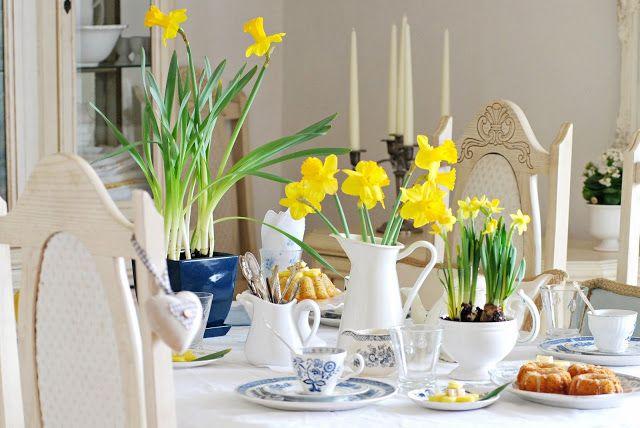 Sylvia's Simple Life: Daffodil Tea for A Worthy Cause