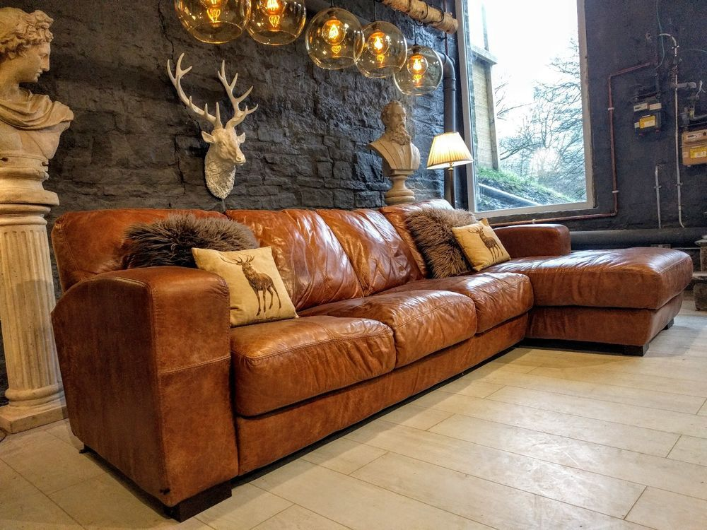 Courier Delivery Uk Mainland 85 For One Sofa Local Courier Is 1 Per Mile 20 Minimum Messa Brown Corner Sofas Leather Corner Sofa Corner Sofa Living Room