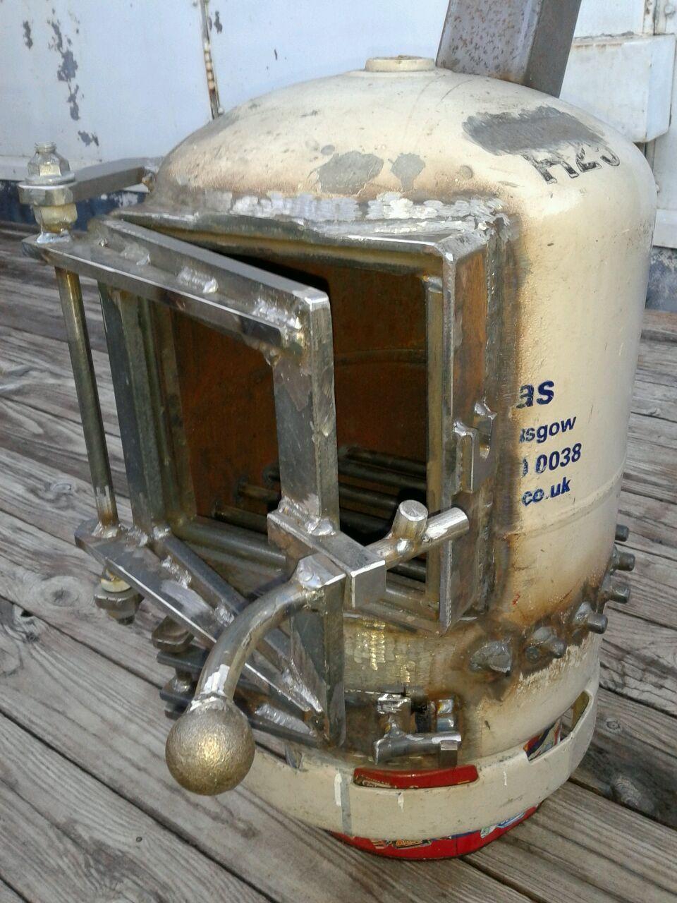 gas bottle log burner m tal pinterest log burner. Black Bedroom Furniture Sets. Home Design Ideas