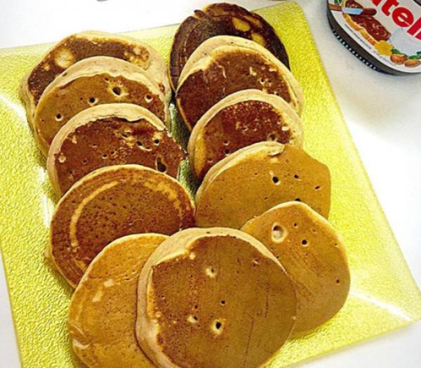 بان كيك الموز للأطفال Mini Banana Pancakes For Children Food Recipes Kids Meals