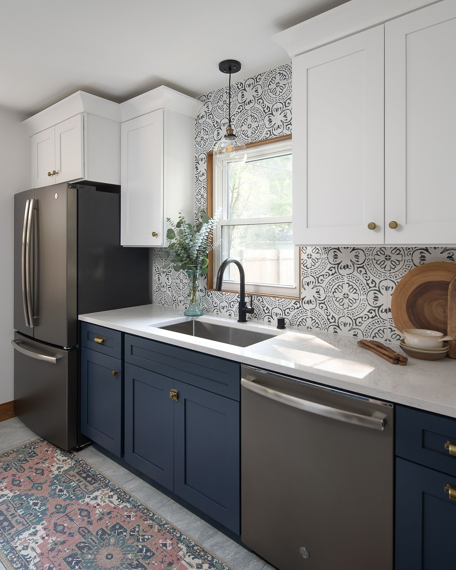 St Louis Park Kitchen Remodel Before After Construction2style Kitchen Backsplash Trends Kitchen Cabinet Trends Kitchen Remodel Small