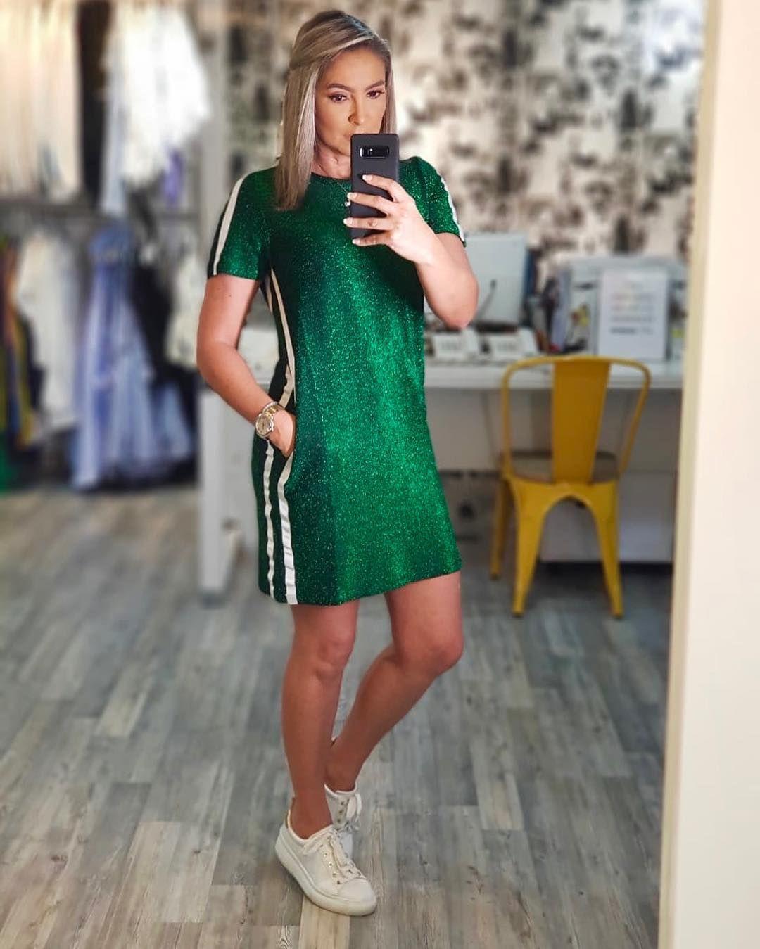 Mini Vestido Talego En Verde Brillante Con Detalle A Los