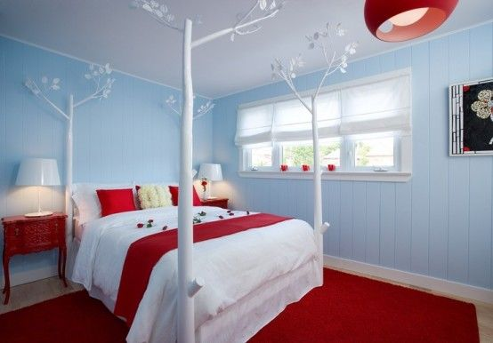 red-blue bedroom is an interesting color choice. | reds | bedroom