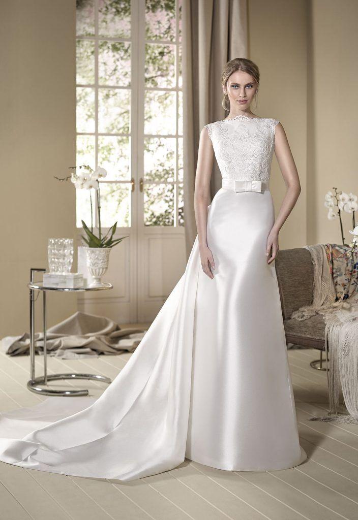 genciana vestido de novia recto en mikado con cuerpo de encaje