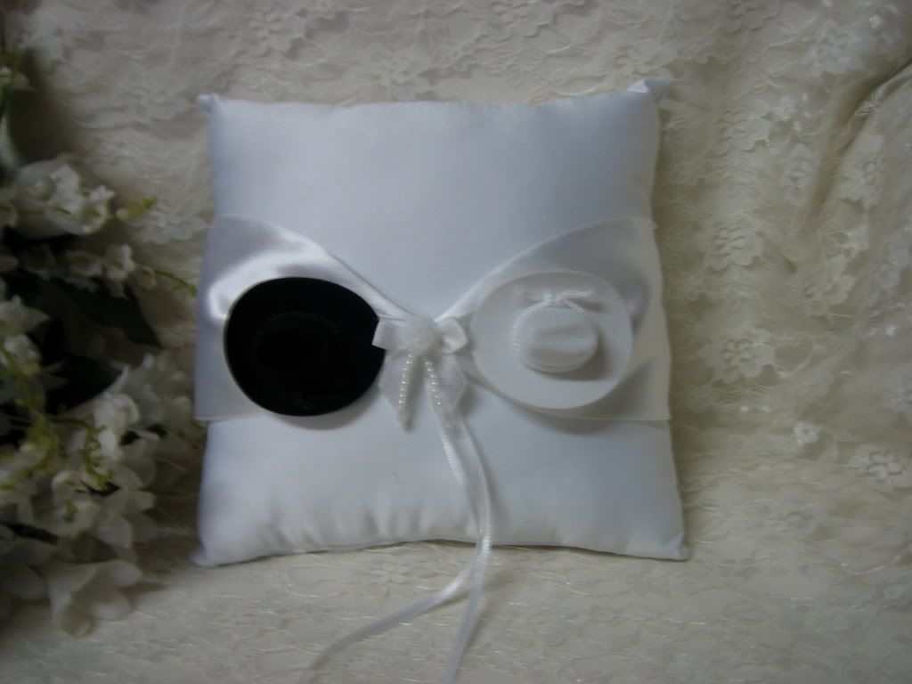 Bbbg ring pillow country wedding ideas pinterest
