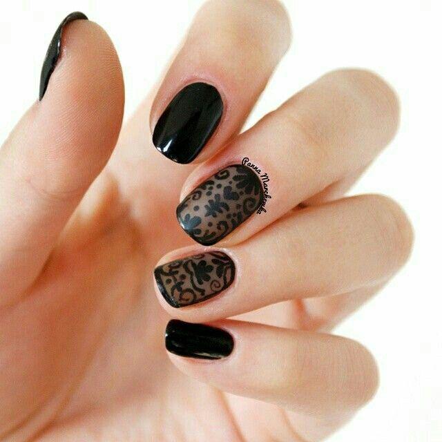 Black nailart