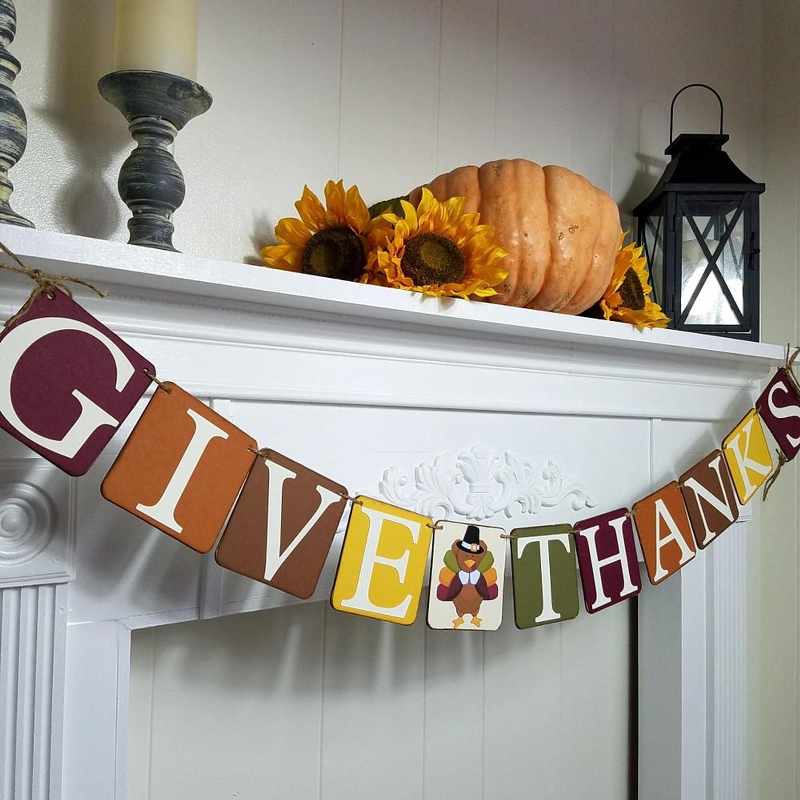 Give Thanks Thanksgiving Banner With Cute Turkey