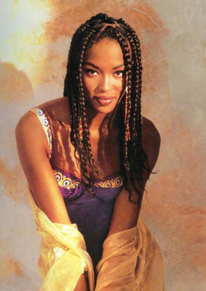 Naomi Campbell 女の子です Coiffure cheveux afro, Natte