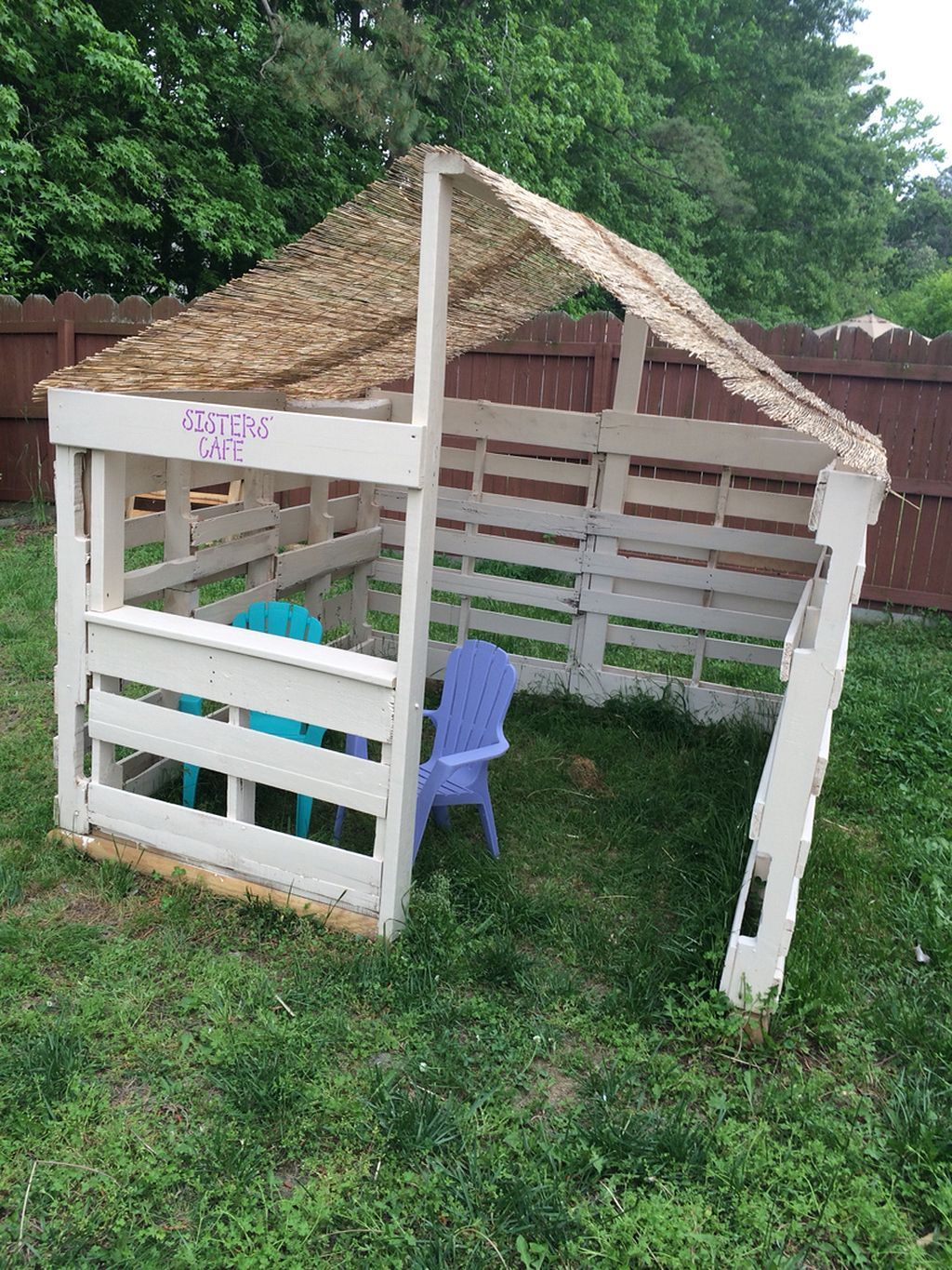Awesome 45 Cute Playhouse Chicken Coop Inspiration https ...