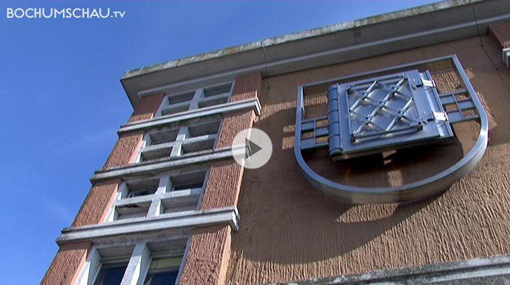 Portrait Der Wohnsiedlung Quot Am Schlegelturm Quot In Der Bochumer Innenstadt Mit Hausmeister Wolfgang Elsen Innenstadt Siedlung Turm