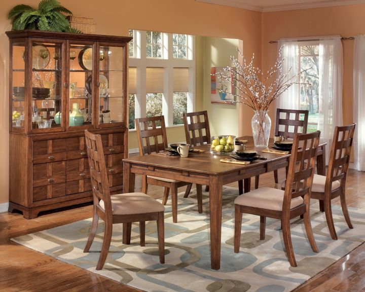 Dining Room Table Decor, Furniture World Galleries