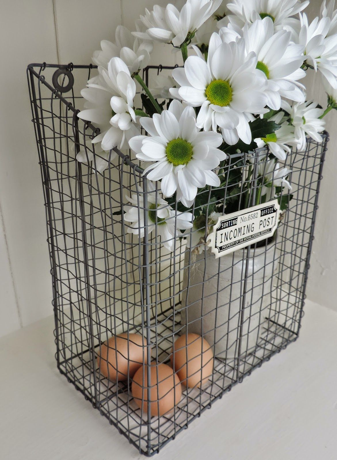 Easter Decor - all the things that make me….. me
