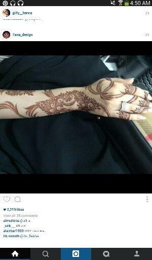 Instagram Baeutifull Henna Designs