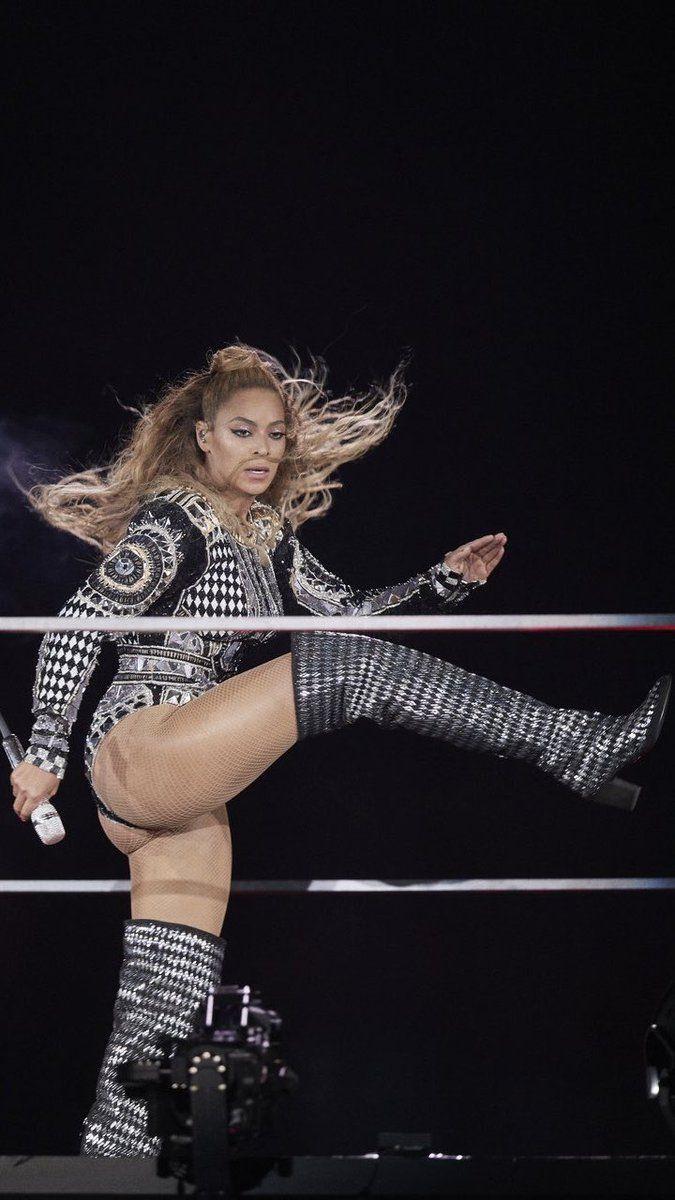 Pin von Michael Gassmann auf der | Beyonce, Frau, Frauen