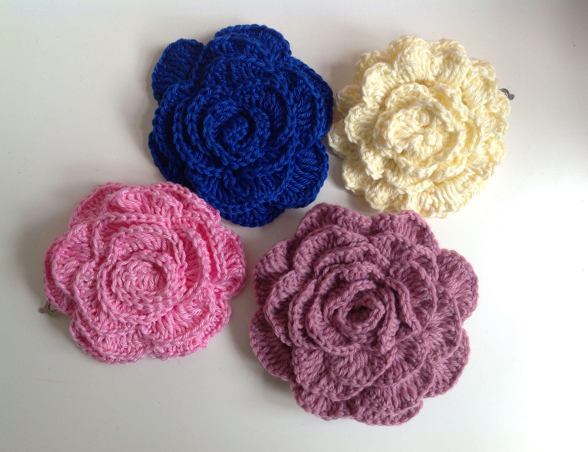 Pasadores de flores crochet. Sylvia Marie handmade