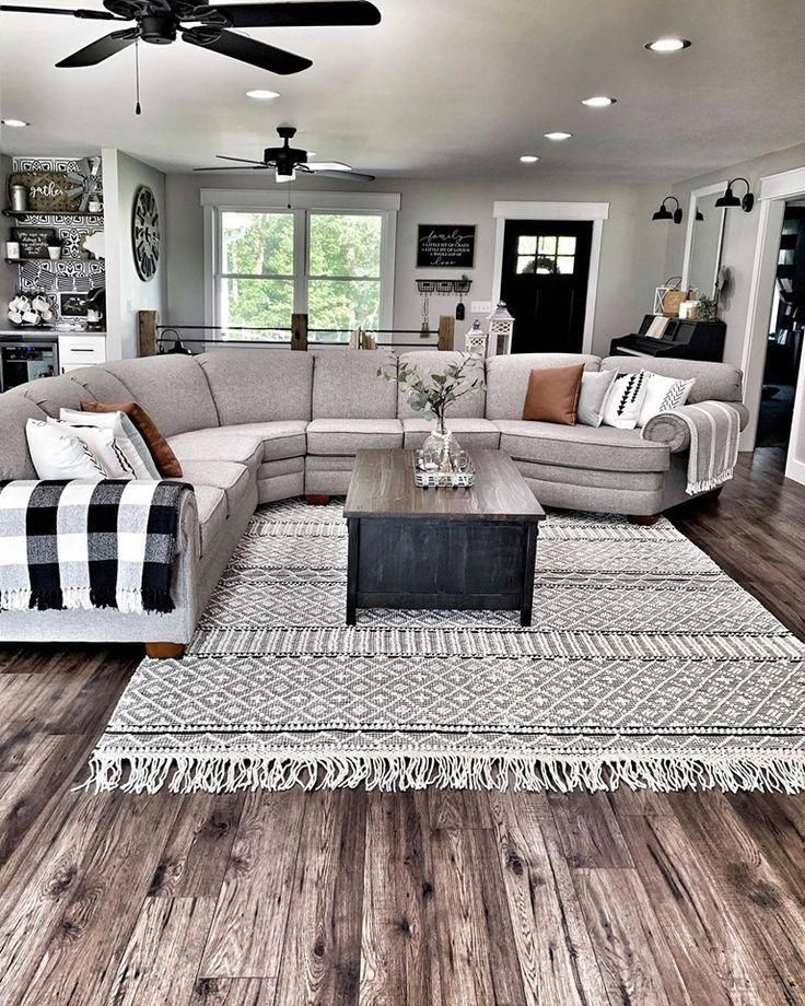 10 Amazing Affordable Rugs for Every Style!   farmhouse boho chic modern farmhouse style rugs boutique rugs ten best rugs favorite rugs living room bath room dining room kitchen bedroom rug  #modernfarmhouse #rug #livingroomrug #bathroomrugs #kitchenrugs #diningroomrug #farmhousestyle #bohochic #homedecor #InteriorDecorationForLivingRoom