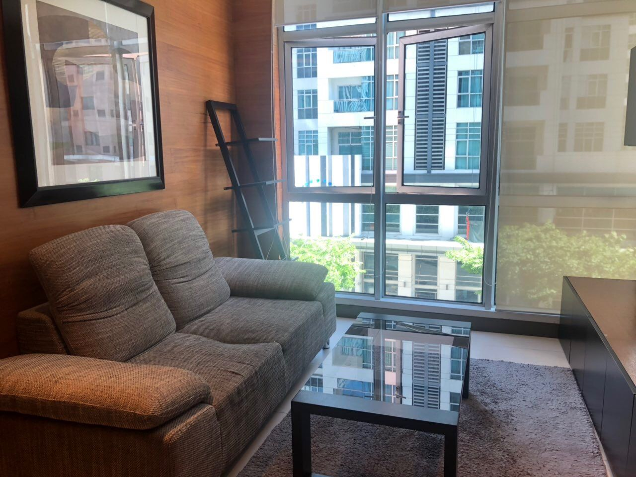 1 Bedroom Condo for Rent in BGC Taguig City, 49sqm, Blue