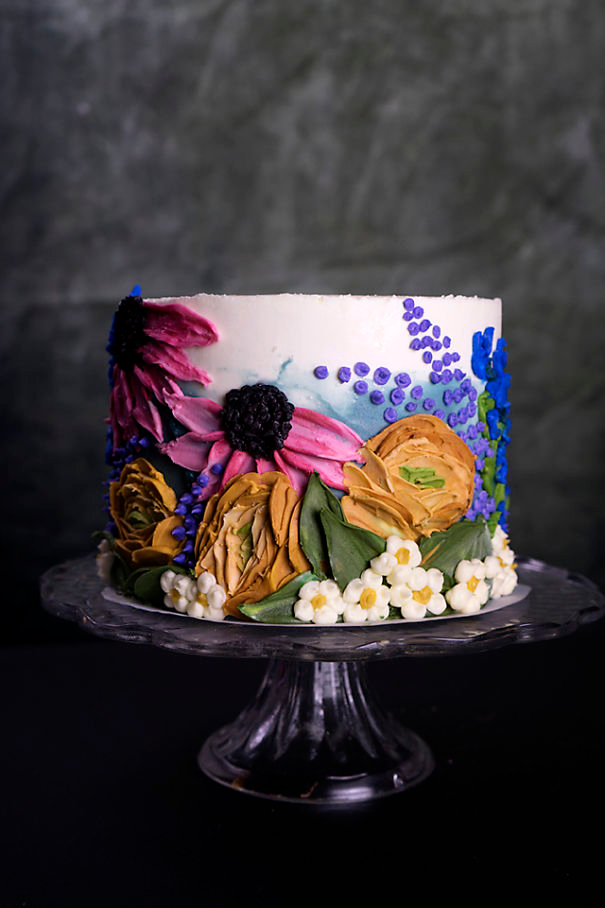 I Taught Myself To Paint Cakes With Palette Knives And Buttercream For My New Year's Resolution