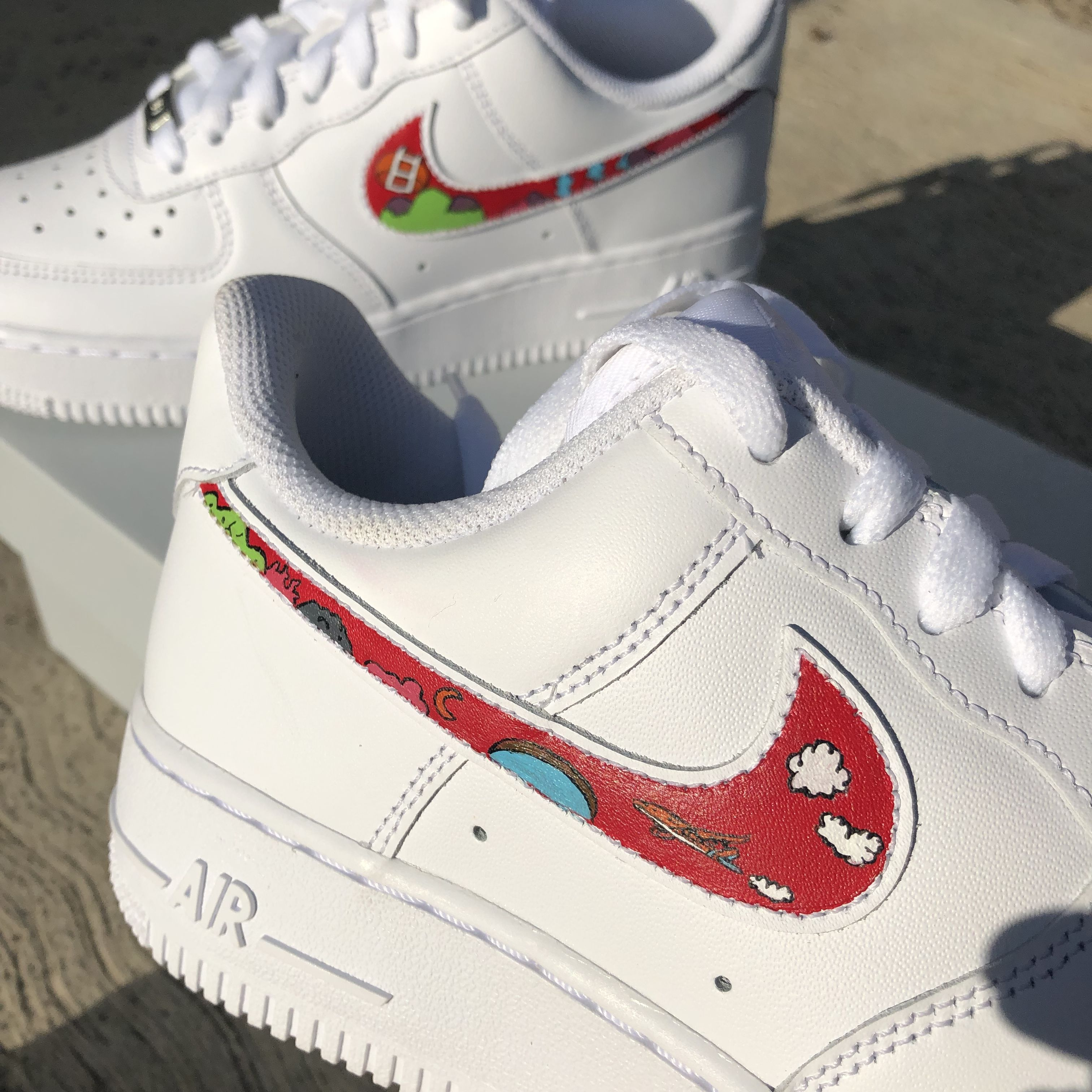Hope World inspired customized shoes by hechoporandrea