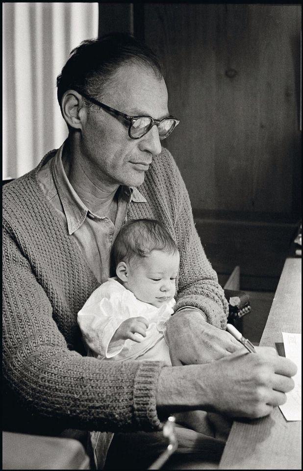 Arthur Miller y su hijo