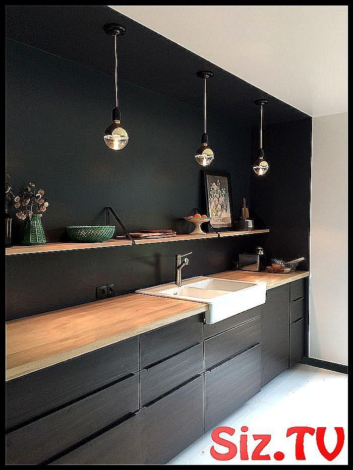 Cuisine Noir Mat Et Bois L Gance Et Sobri Bois Cuisine Decorative Painted Ceiling Elegance Mat Noir Sobriete Bathroom Vanity Kitchen Vanity