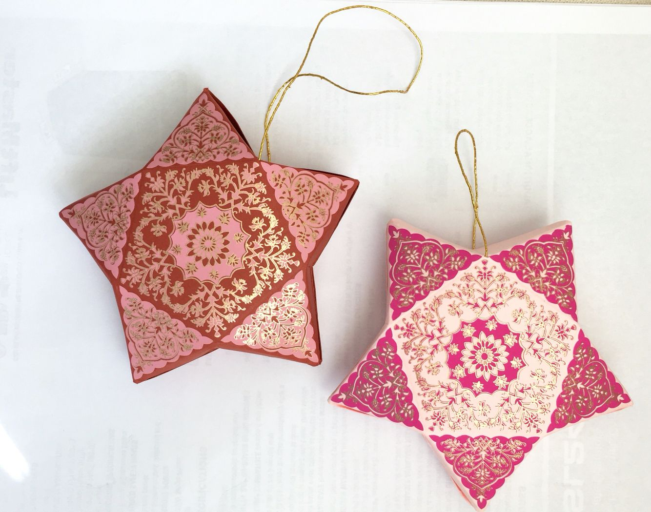 Star Boxes perfect for Ramadan and Eid parties! Can be filled with treats, money, favors, etc! Gold string comes attached. Discount for bulk orders!   #eiddecoration #ramadanmubarak #eidmubarak #ramadankareem #eidgifts #ramadanparty #iftarparty #indianwedding #moneyholder #hangingstars #stardecoration