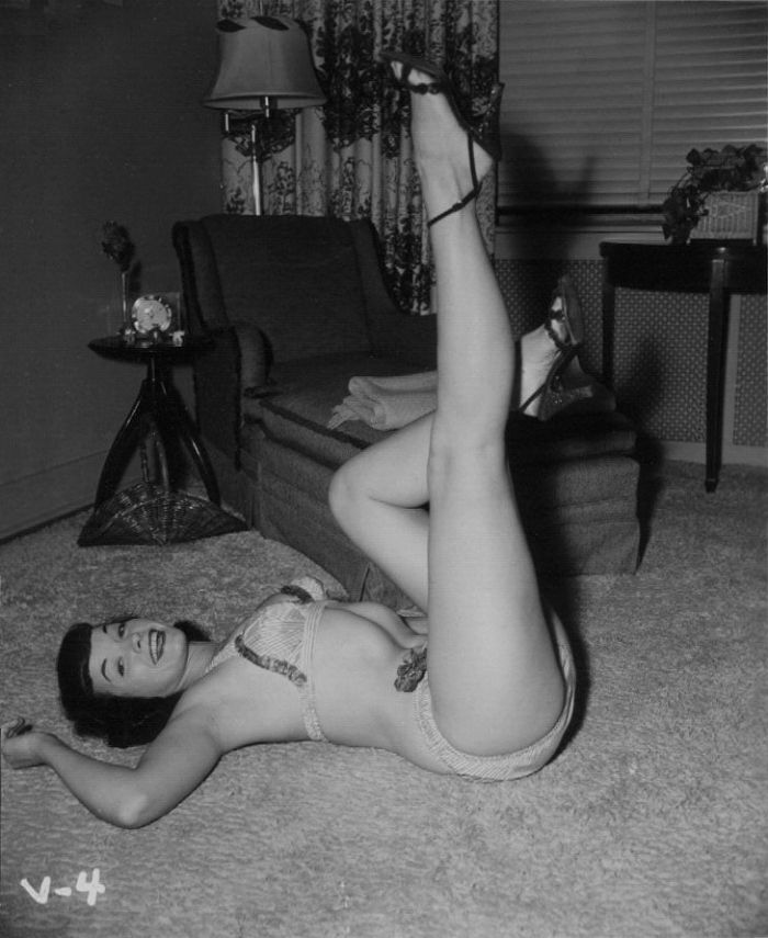 Bettie Page legs photograph