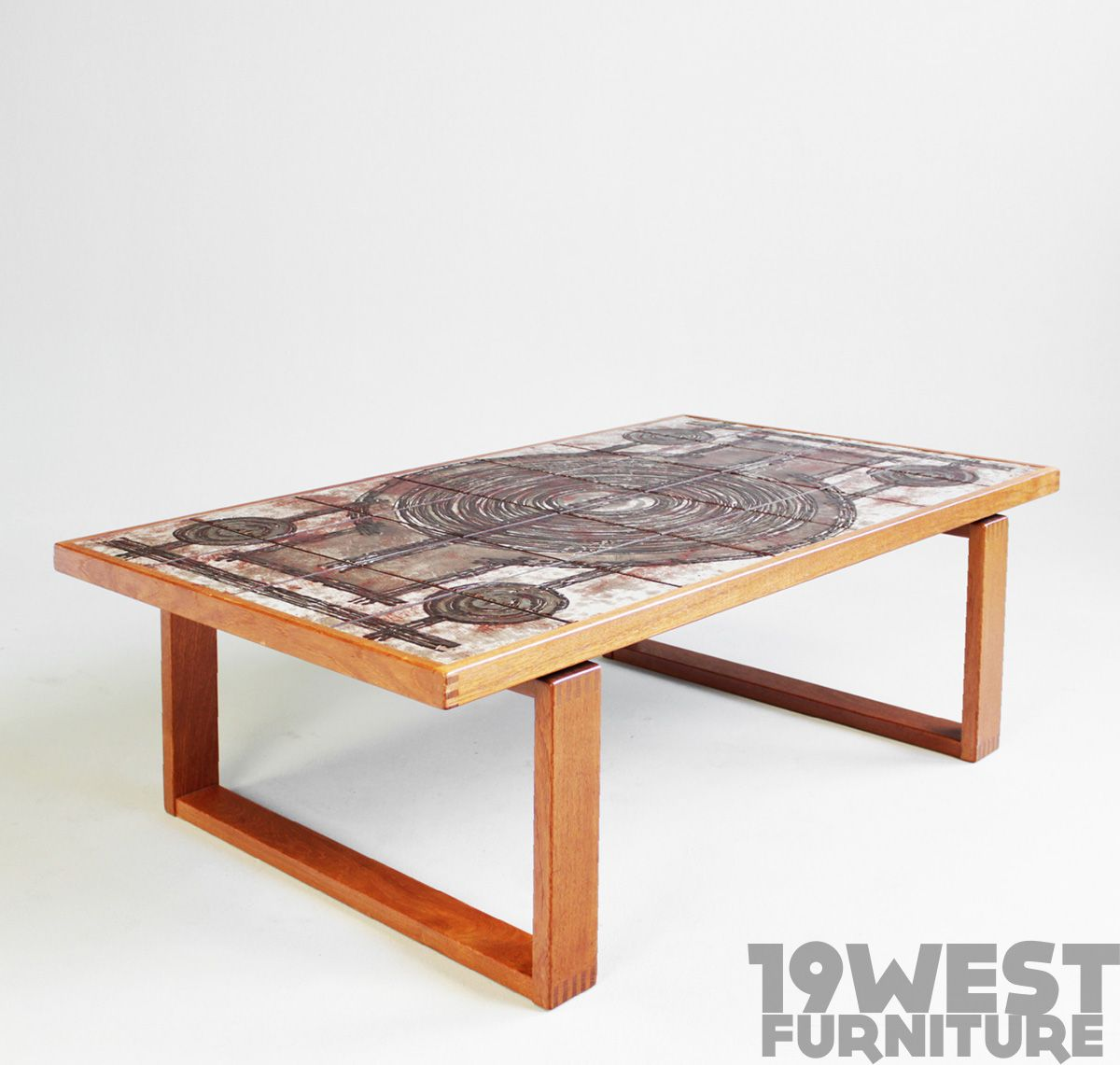 Luxury Square Coffee Table with Stools