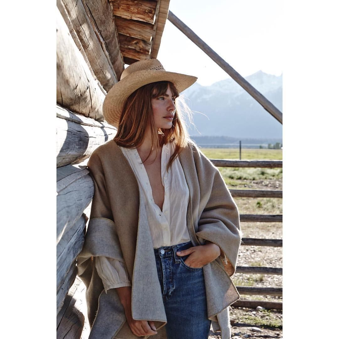 """""""Mi piace"""": 2,301, commenti: 14 - Alyssa Miller (@luvalyssamiller) su Instagram: """"Stick a hat on my head and call me a cowgirl """""""