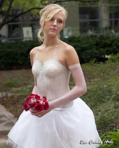 Yeah I Like The Bridal Stuff Dresses Wedding Dresses Body Painting