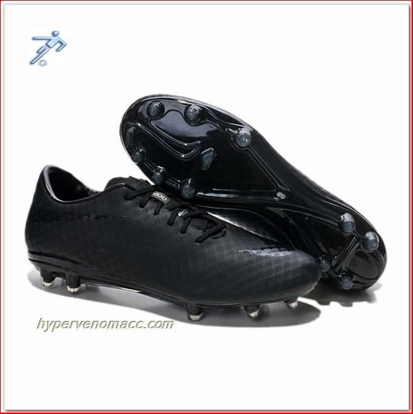 Physics Of Football Boots Nike HyperVenom Phantom FG ACC Junior All Black  Blackout