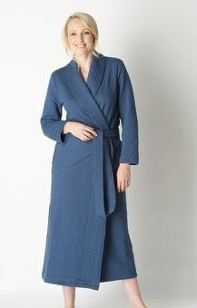Ladies long blue quilted dressing gown from Vivis...Lovely warm ... : ladies quilted dressing gowns - Adamdwight.com
