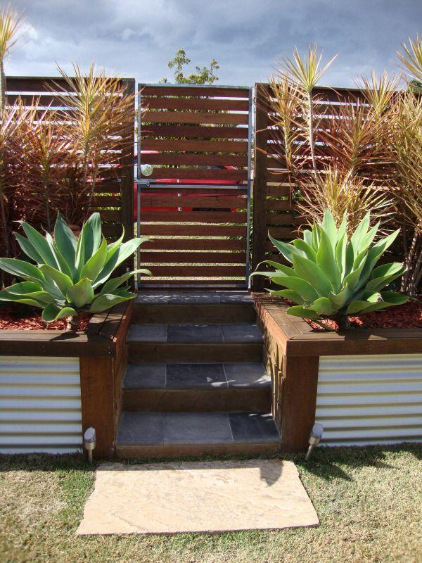 Corrugated Iron Retaining Wall Feature Garden Retaining 640 x 480
