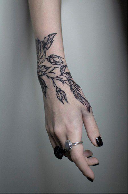 татуировка фото на руке