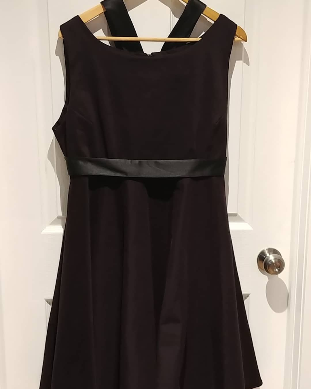 Vintage Cotton Stretch Dress In Dark Purple Made And Designed In London Ontario Canada The Dress Was For A Guest A Stretch Dress Vintage Outfits A Line Dress