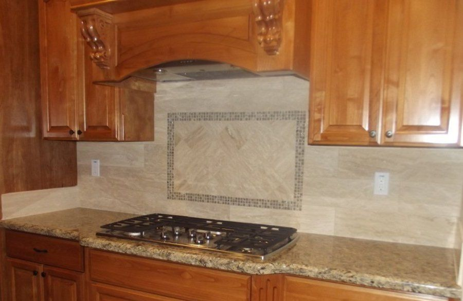 Emser Tile Travertine Dore Veincut Lucente Isola 5 8 X5 8 On 12 X12 Mesh Emser Emser Tile Kitchen Inspirations