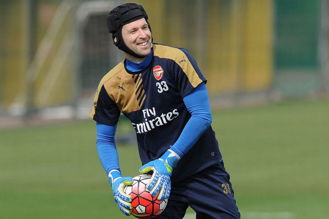 Petr Cech back in training for Arsenal
