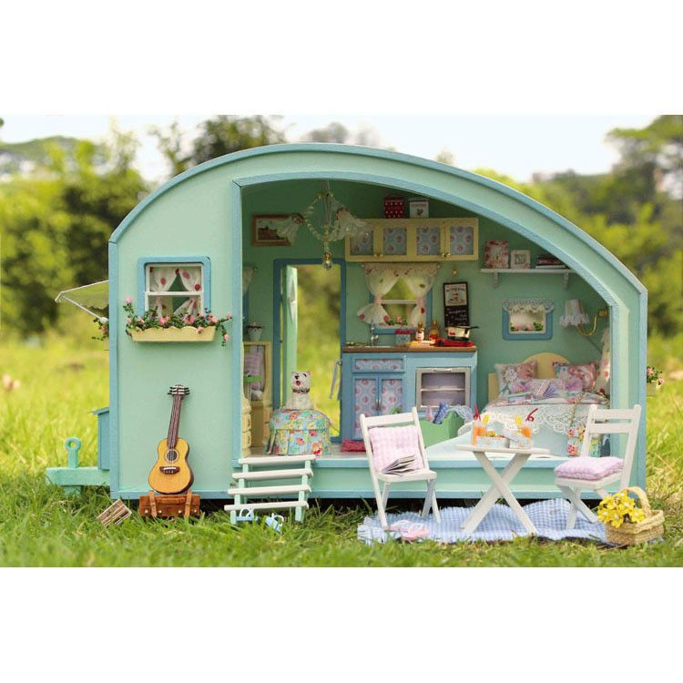 1/24th Wooden Dolls House Miniature DIY Kit LED Caravan U0026 Furniture /Accessories
