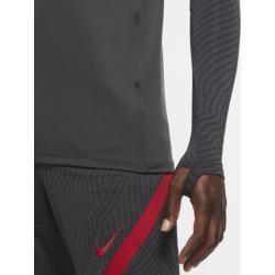 Das Liverpool Fc Strike Drill Oberteil verfügt über ein optimiertes Design mit versteckten Daumenöffnungen, damit du dich voll und ganz auf das Training konzentrieren kannst. Es besteht aus schweißableitendem Material, das zum Einsatz kommt, wenn es im Spiel heiß hergeht. Trockener Tragekomfort Die Nike Dri-fit-technologie leitet Schweiß von der Haut ab, wo er schnell verdunstet, und ermöglicht so trockenen Tragekomfort. Für Bewegung entwickelt Das elastische Material liegt eng am Körper an und