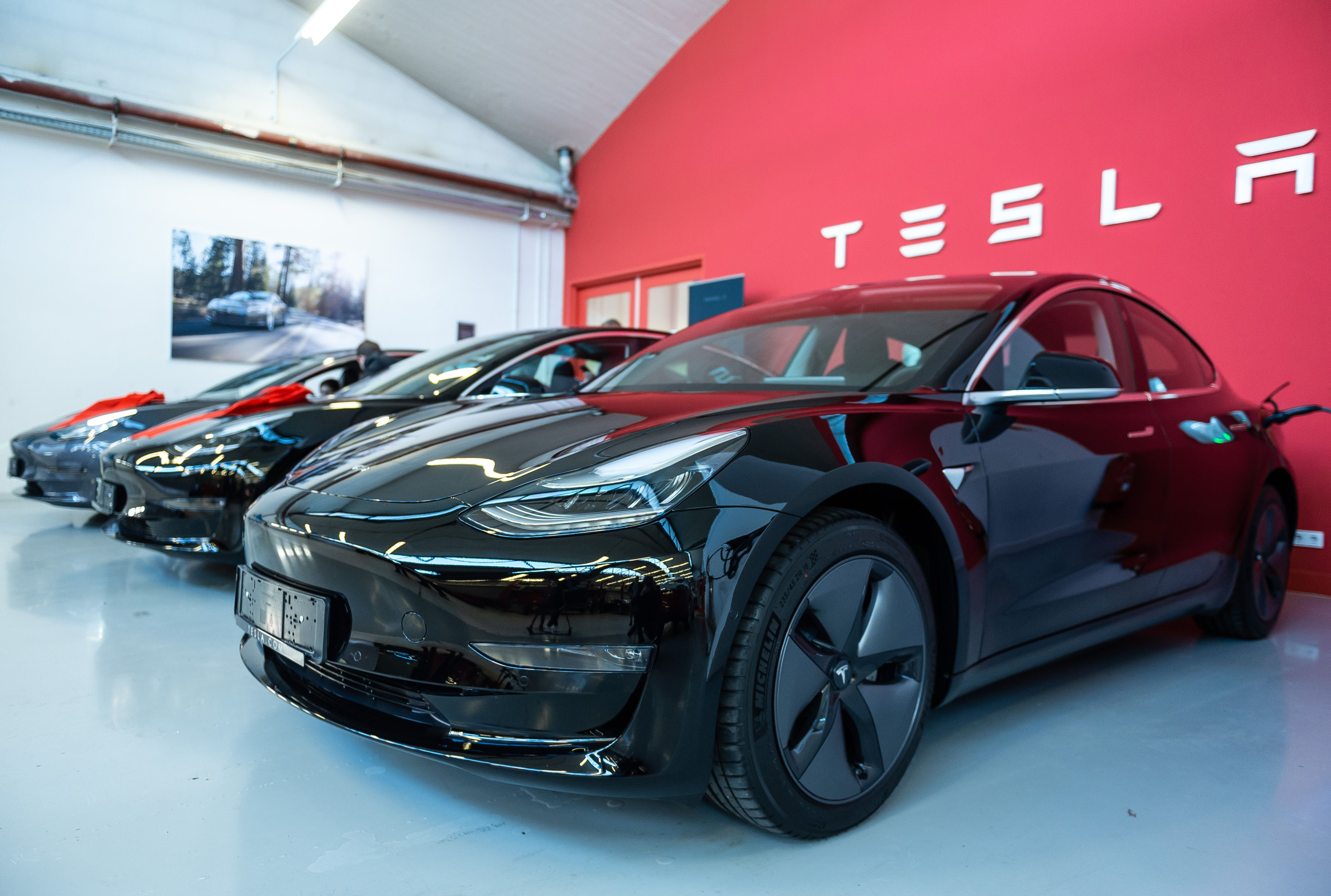 Tesla Stock Surges After Setting New Delivery And Production Records Tesla Tesla Model X Tesla Model