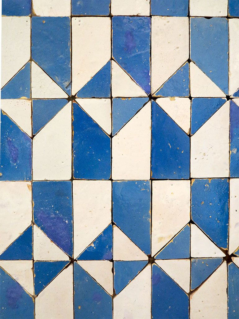 I got the blues in Lisbon | Geometric tiles, Patterns and Interiors