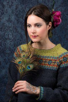 Photo of Frida's Smaragd Genser pattern by Karihdesign Kari Hestnes