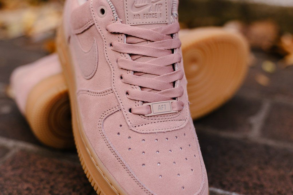 Product Name: Nike Air Force 1 '07 SE WMNS AA0287-600 Specifications: