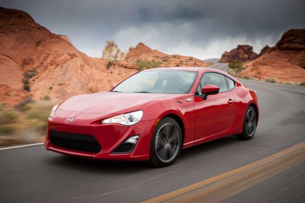 Scion FRS The Economical Sports Car Has Gotten Rave Reviews - Economical sports cars