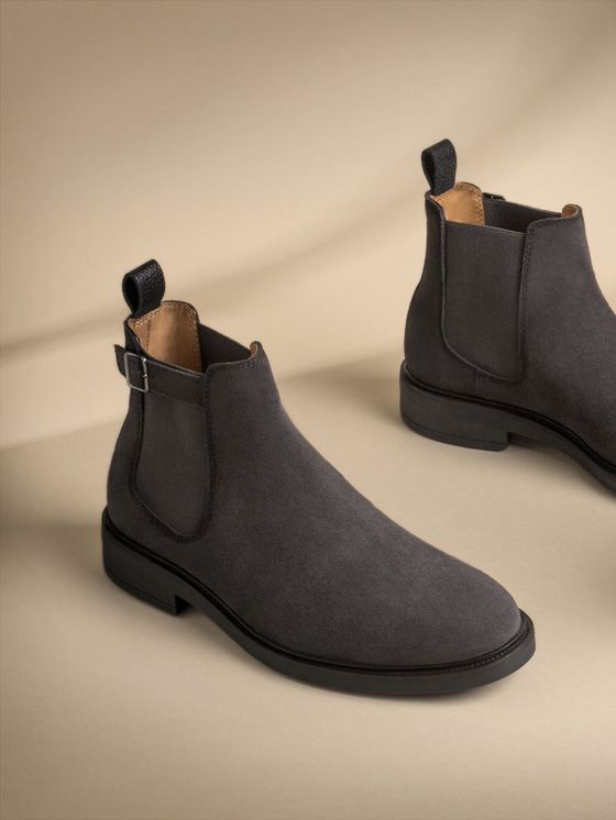 Men's Autumn/Winter 2017 shoes at Massimo Dutti, must-haves to complete your