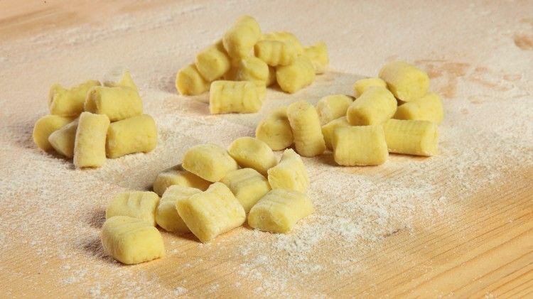 Ricetta Gnocchi Di Patate Cucina Italiana.Gnocchi Di Patate Ricetta Ricette Ricette Gnocchi Cibo Delizioso