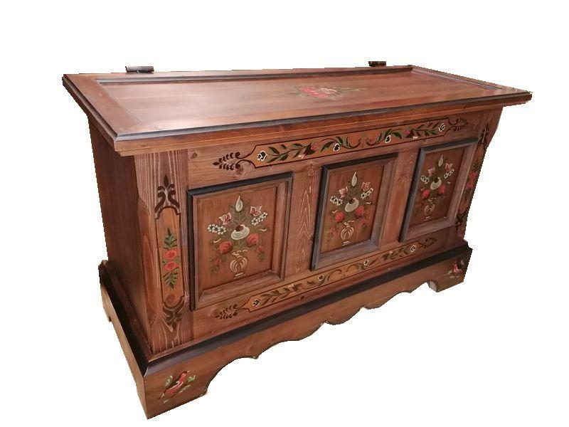 Antik Orient Massive Aussteuer Truhe Tisch Couchtisch Tischtruhe