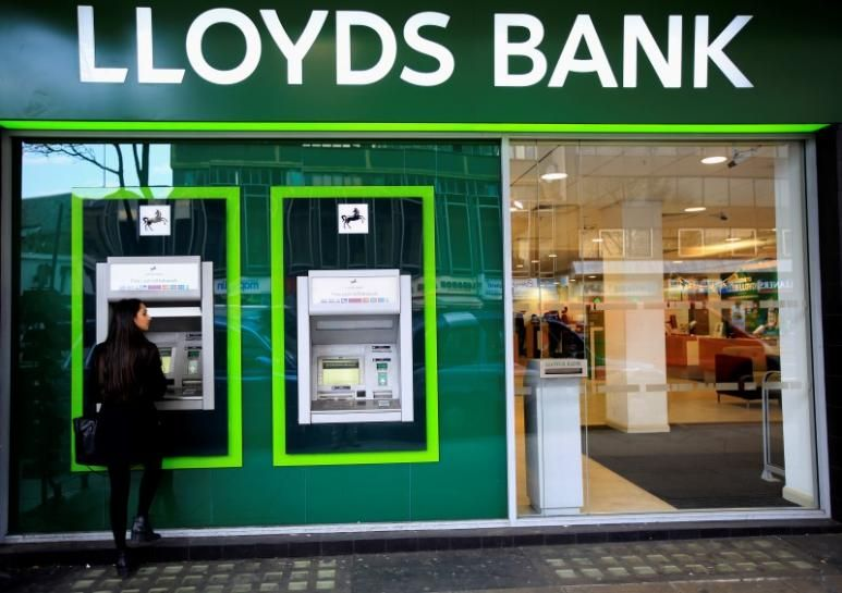 Lloyds plans 3,000 jobs cull, fresh branch closures after Brexit shock